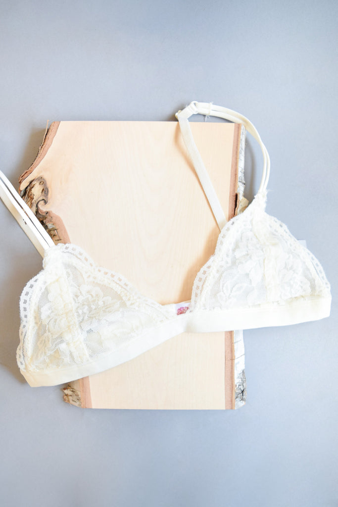 Womens Online Pretty Little Bralette Ivory