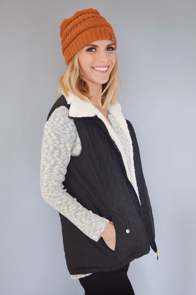 Affordable Online shearling quilted vest black