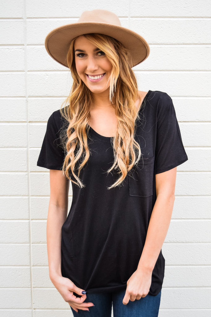 Trendy Online Scoop Neck Boyfriend Tee Black