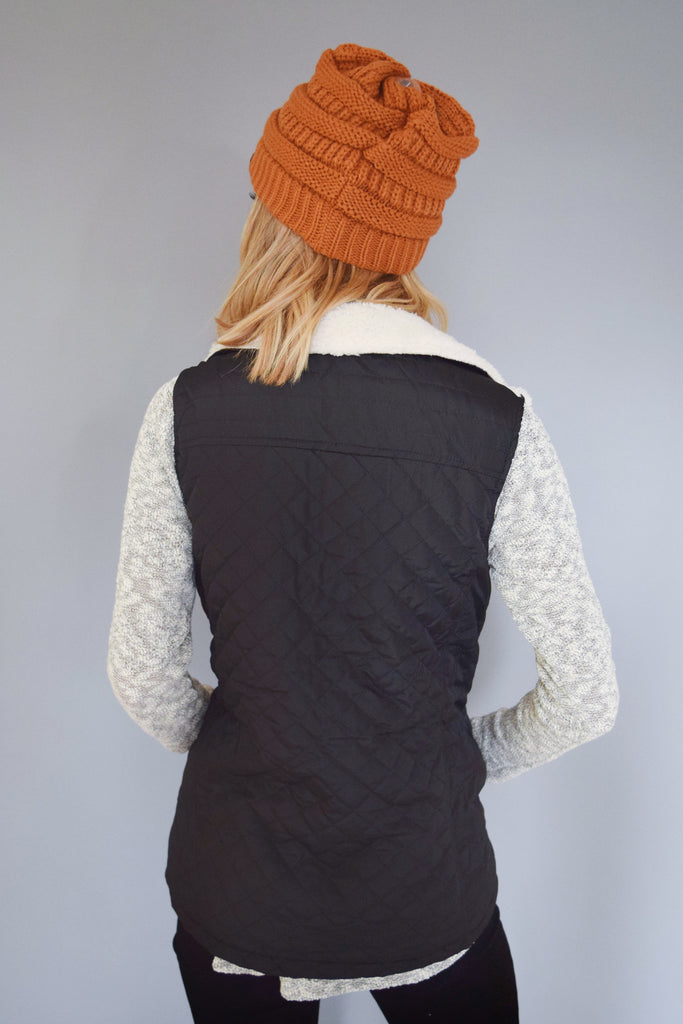 Chic shearling quilted vest black