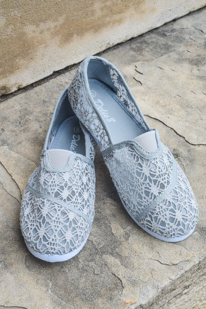 Chic Grey Crochet Shoe