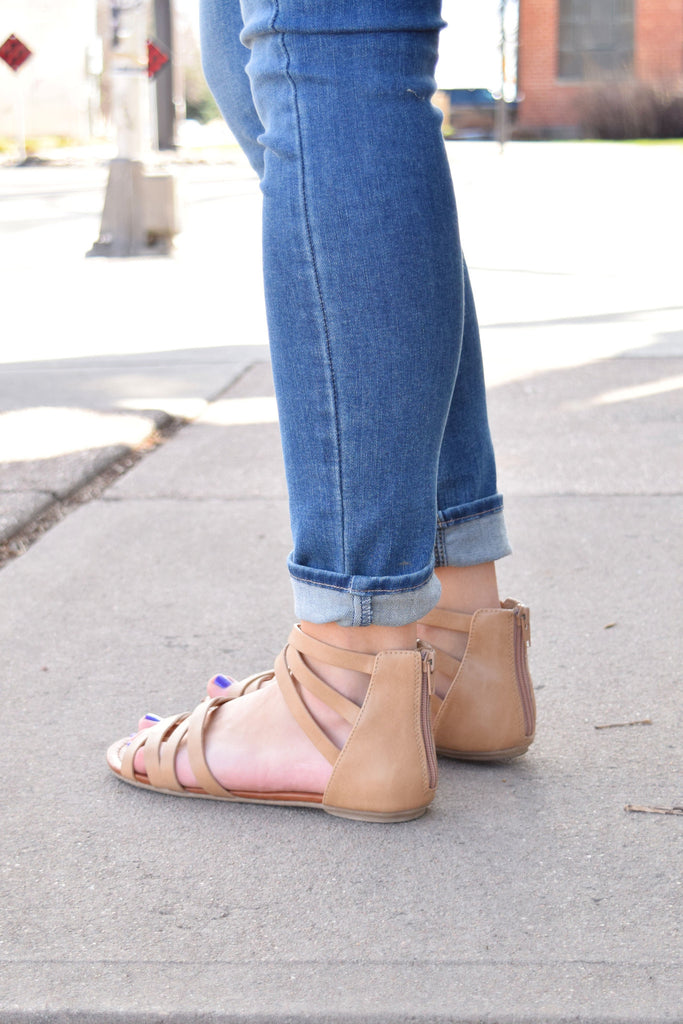 Colorado Chic woodstock strappy sandals taupe