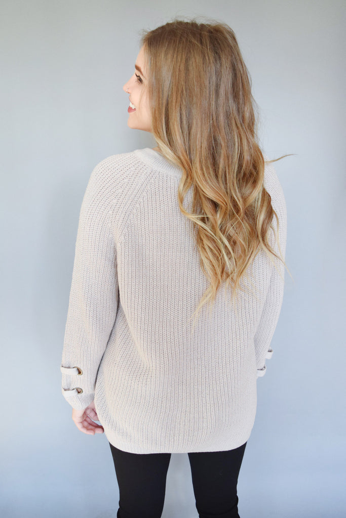 Chic evergreen lace up sweater stone