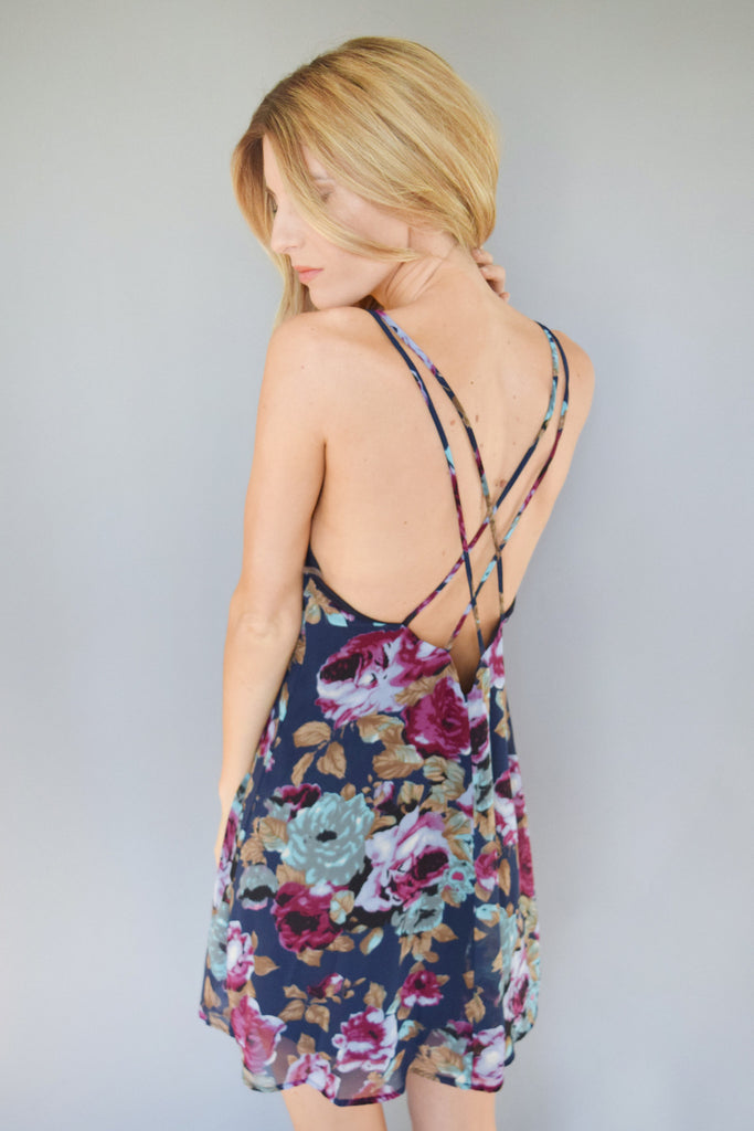 Womens Boutique magnolia floral strappy dress