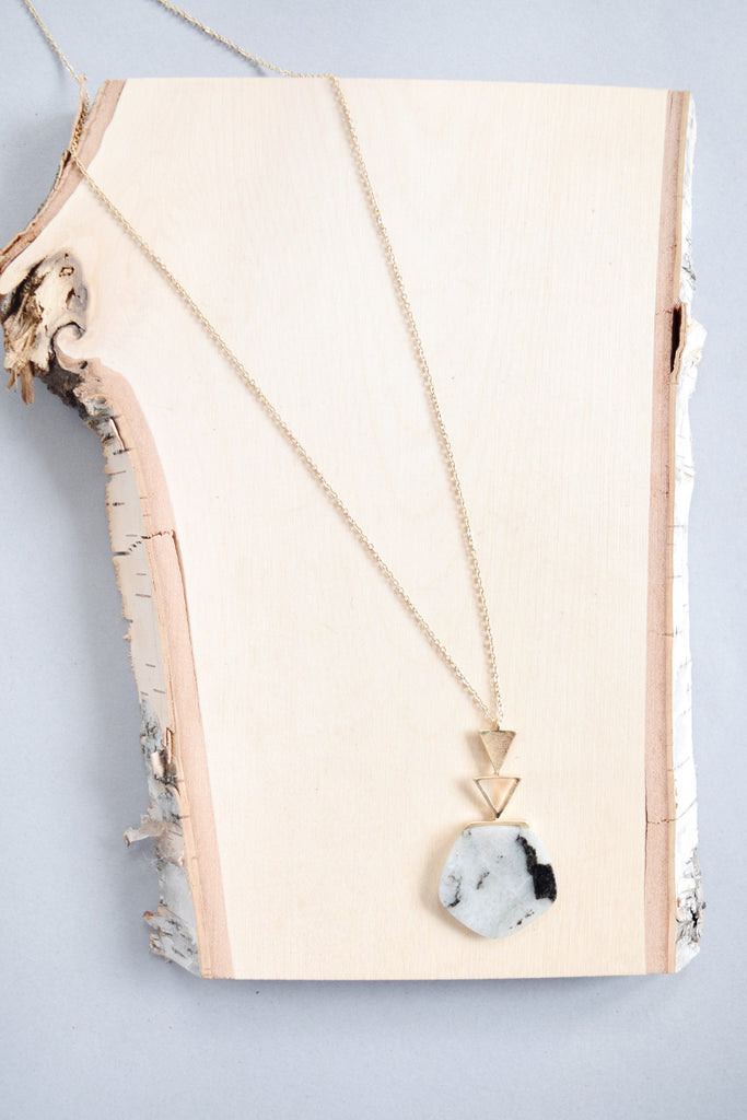 Trendy Geometric Stone Necklace Grey