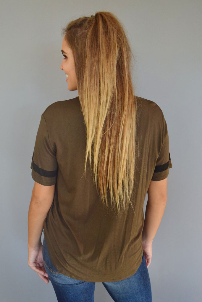 Chic game day tee olive