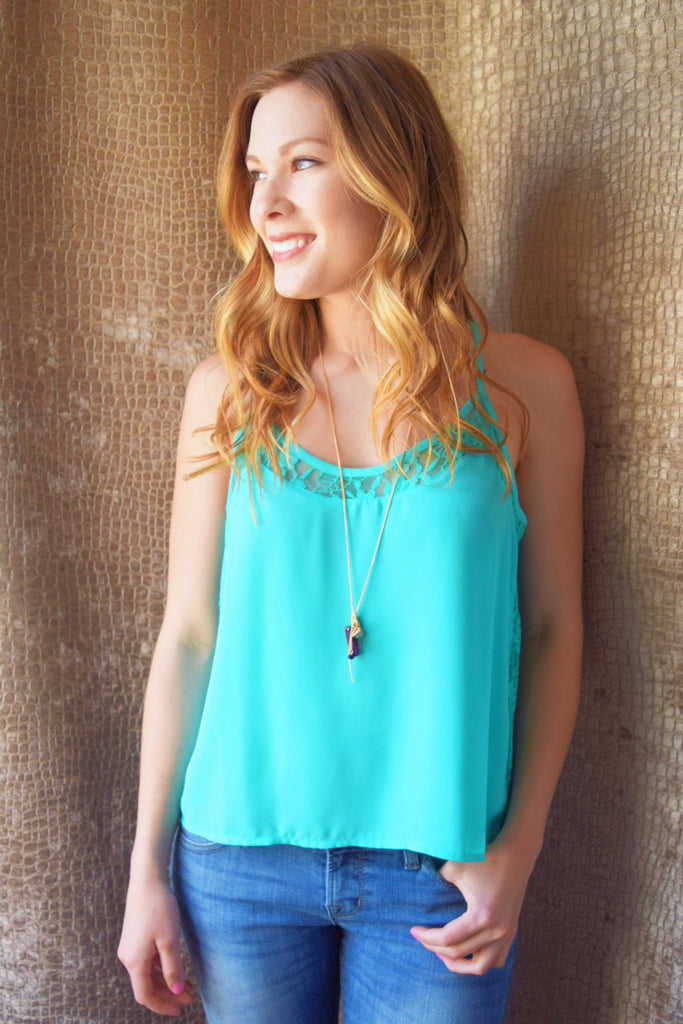 Chic sunny day lace siding tank top