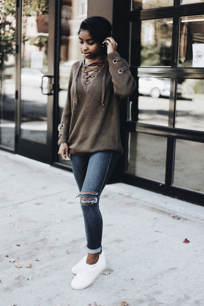 Chic evergreen knit sweater