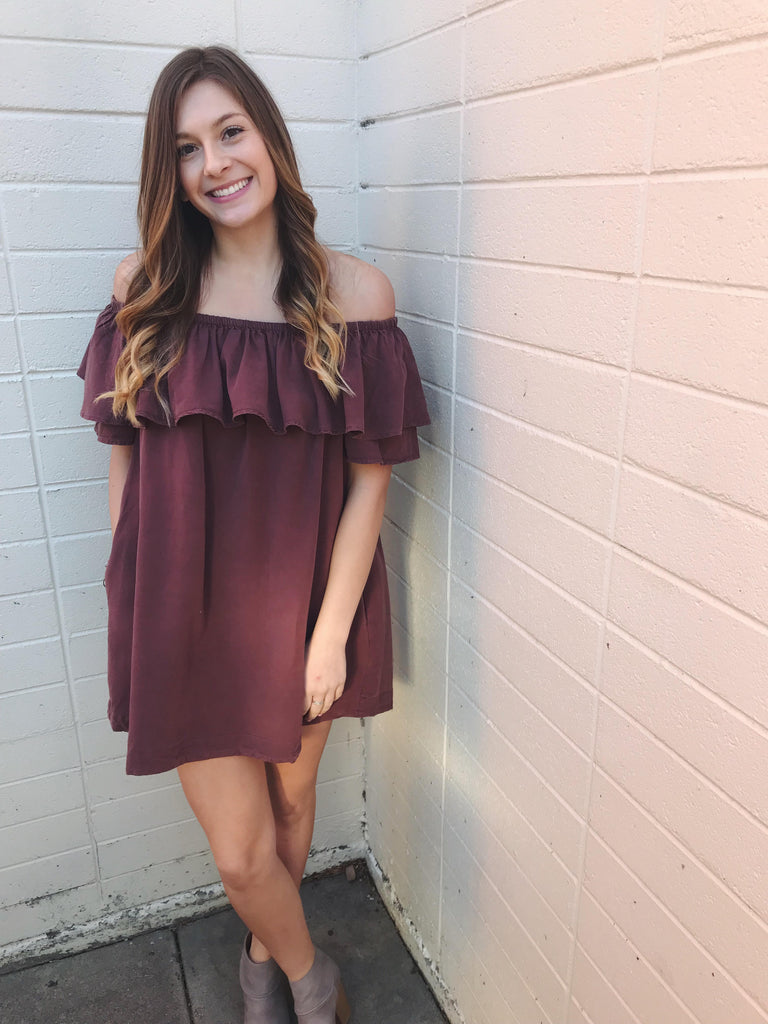 Dakota Off The Shoulder Dress In Brick