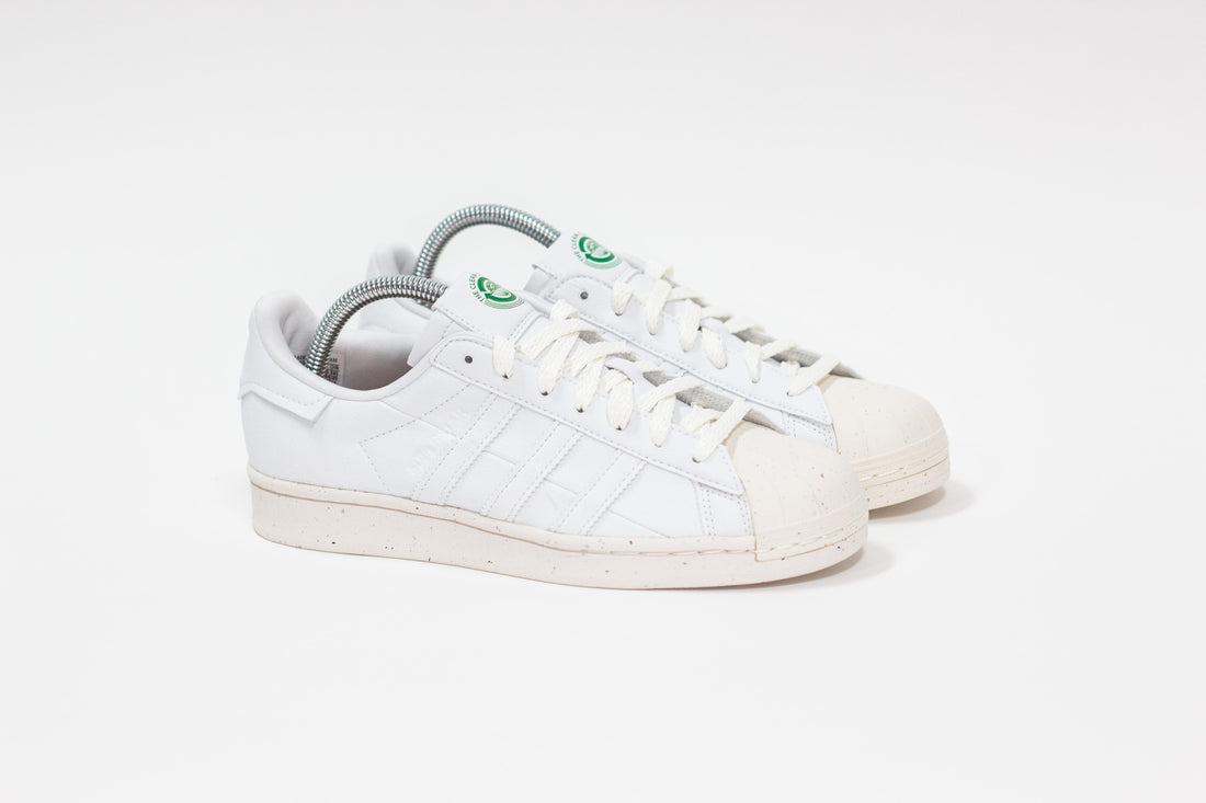 Gimnasia Prevalecer Rendición  Adidas Superstar Vegan (Cloud White/Off White/Green) – rockcitykicks -  Fayetteville
