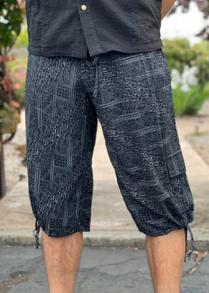 Batik Shorts - Black Gray Abstract