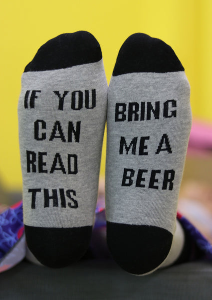 If You Can Read This Bring Me A Beer Socks