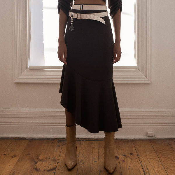 <b>N°4</b> <p><b>walnut ribbed knit skirt with flounce</b> <p>