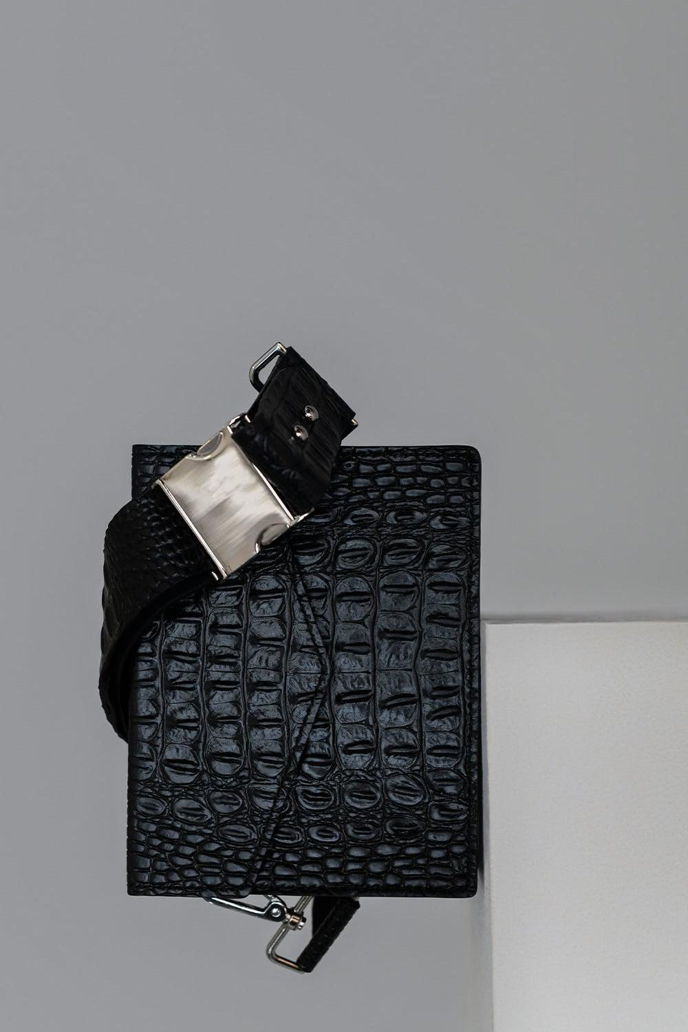 <b>N°6</b> <p><b>September Bag</b> <p></b>black croc