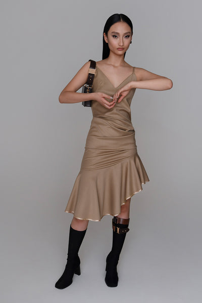 <b>N°6</b> <p><b>Kodiak Dress</b> <p></b>camel