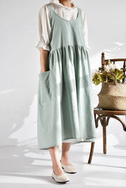 Grandmothers Old Fashioned Apron Dress - Pastel Green