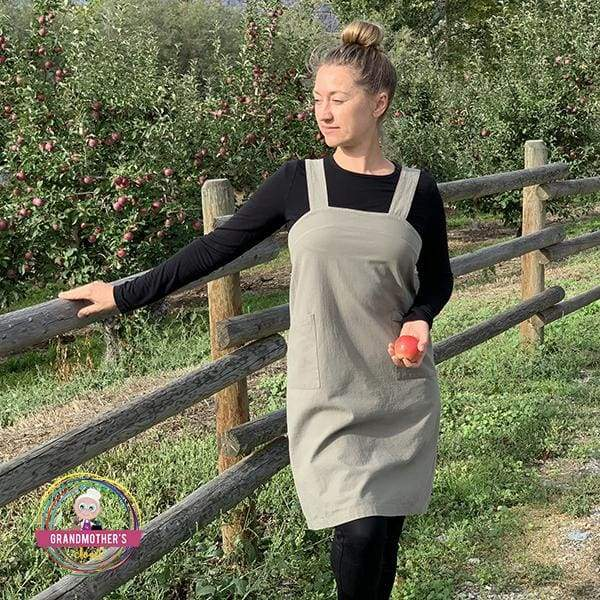 Simple Cotton Apron - Petite to Plus Sizes - Army Green / 94cm/37.0 (Bust) x 94cm/37.0 (Length)