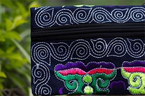 Embroidered Clutch - $14 PROMO FREE SHIPPING TODAY