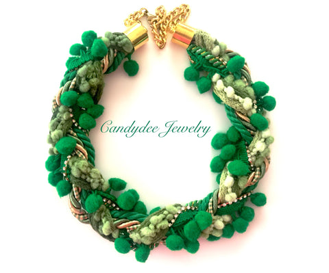Wreath Necklace