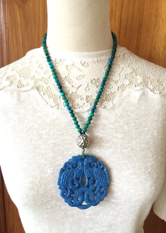 Carving Blue necklace