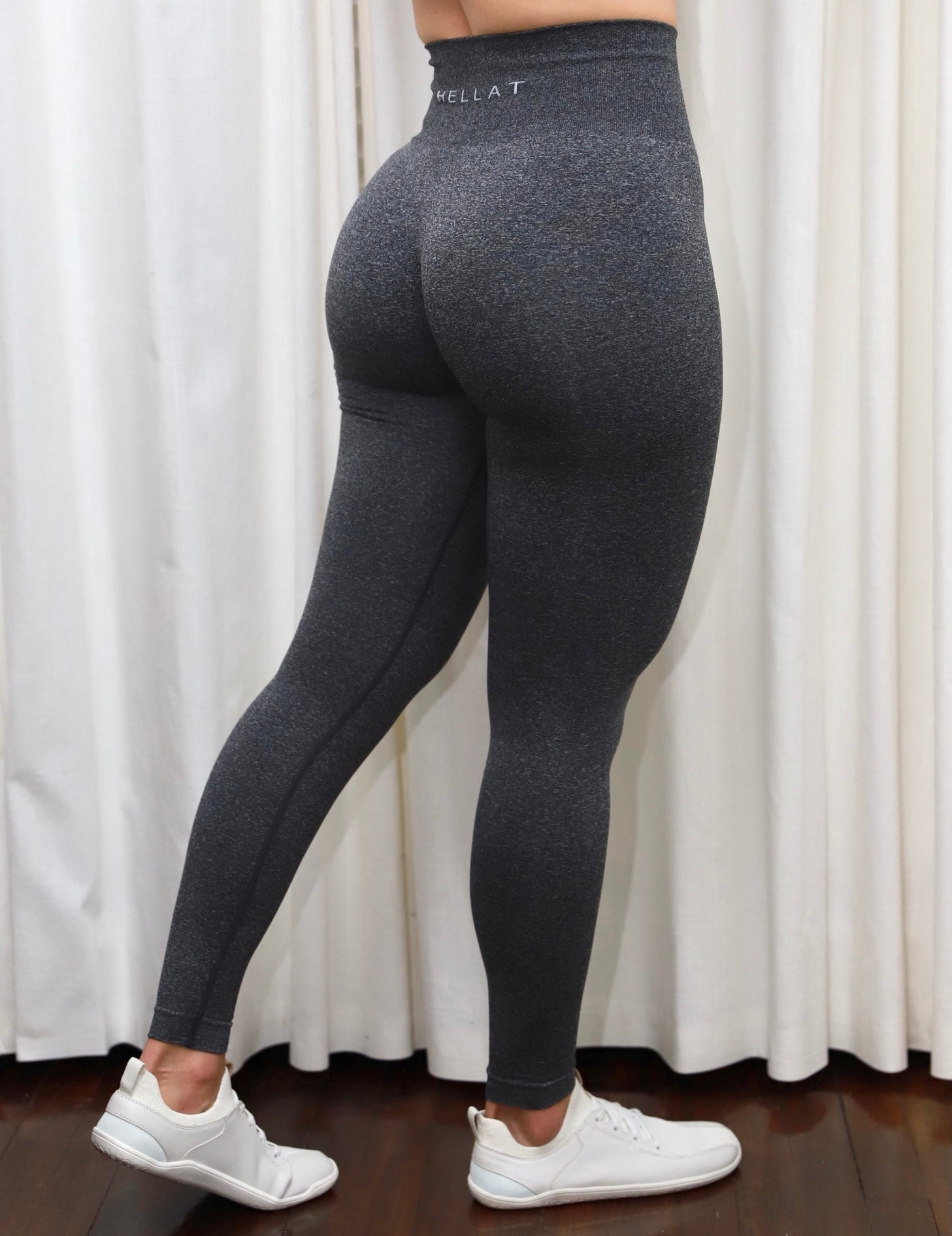 DARK GREY SEAMLESS LEGGINGS