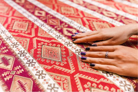 Hand and carpet; Why hand-knotted rugs are expensive
