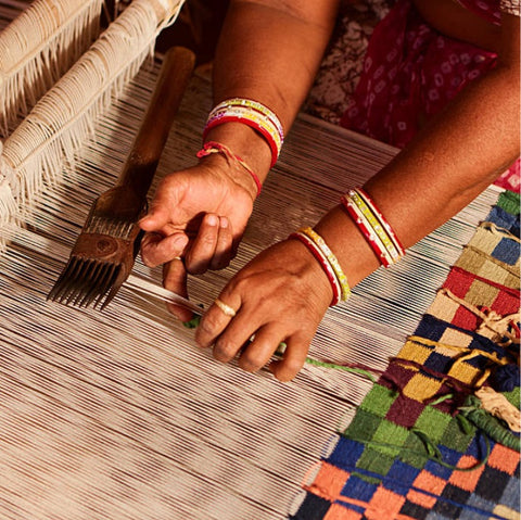 Making of handwoven area rug