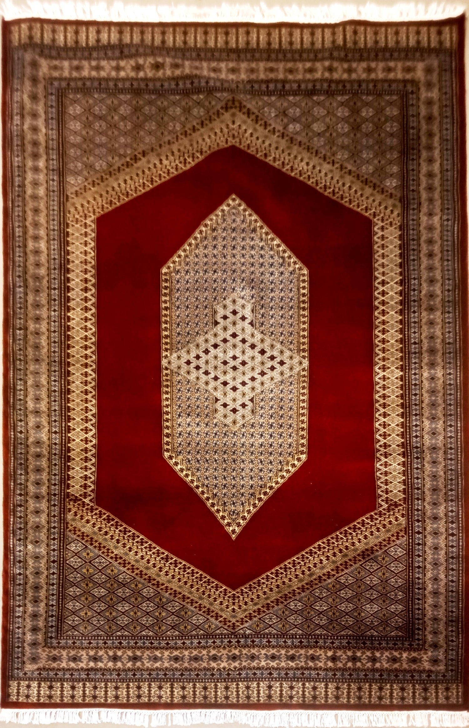 Kerman: Area rug for living room
