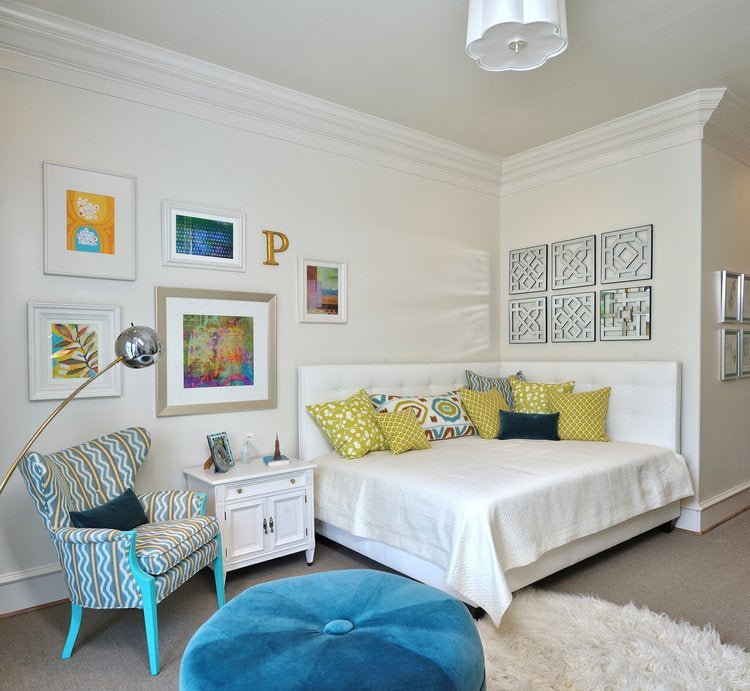 Throw pillows in a bedroom