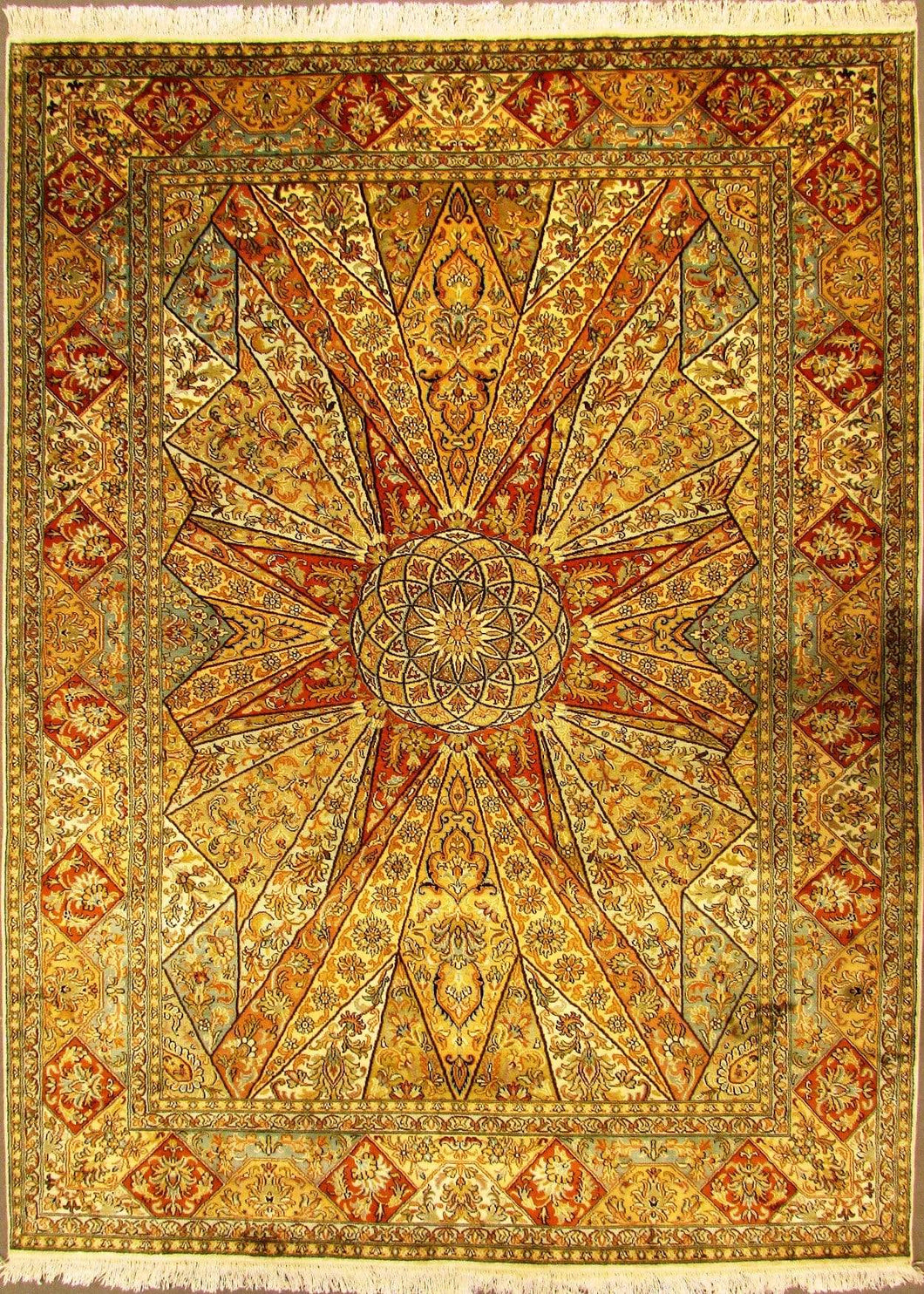 The Rugs Cafe Carpets 5x7 / White Gol Gumbad Design Silk Carpet (Inspired by Taj Mahal's Dome)
