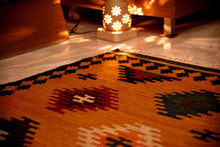 Load image into Gallery viewer, The Rugs Cafe Dhurries 5.6 x 7.9 / Multi Hand Made Wool Persian Tribal Rug with Geometric Pattern [Handmade]