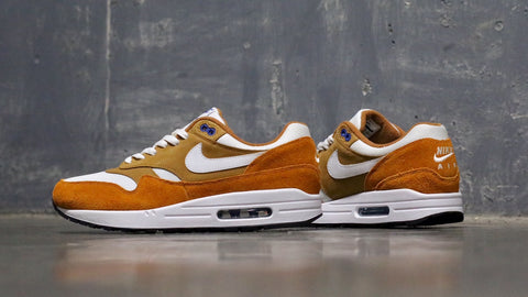 best sneakers ad8c7 42821 Utilising Brown Curry on the base, we also have Blue on the eyelets and  tongue. Other highlights includes White accents while Black covers the  outsole which ...