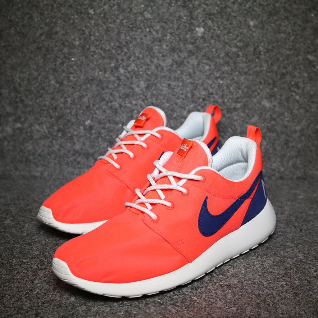 Off centre view of the Women's Roshe One Retro Crimson Navy White at Solemate Sneakers Sydney