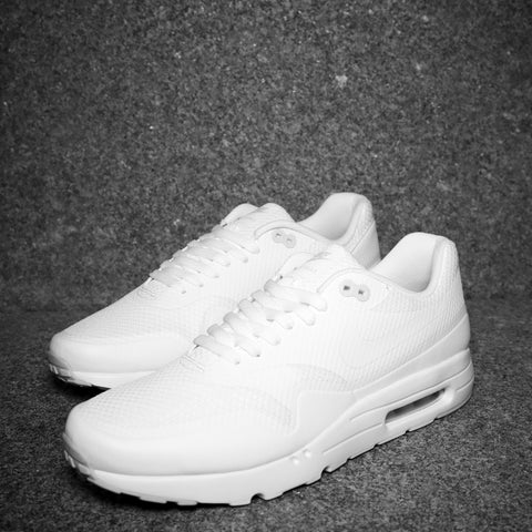 "Air Max 1 Ultra ""Triple White"" Platinum"