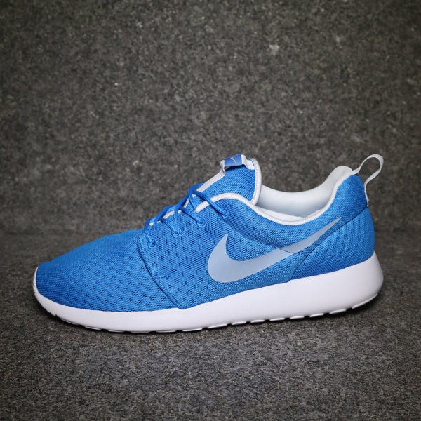 Side View of the Roshe One Hyperfuse Breeze Photo Blue White at Solemate Sneakers Sydney
