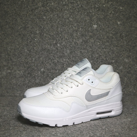 Women's Air Max 1 Ultra White Wolf Grey Platinum Silver