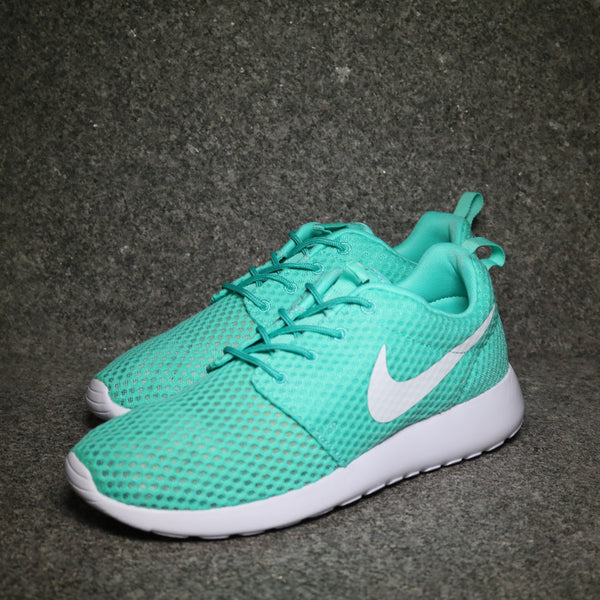 Roshe One Breeze Calypso White