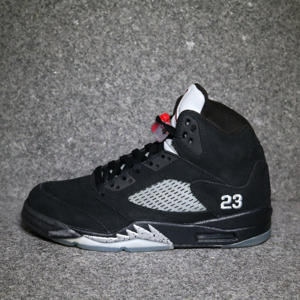 Side View of the Air Jordan 5 Retro Black Metallic from 2011 at Solemate Sneakers Sydney