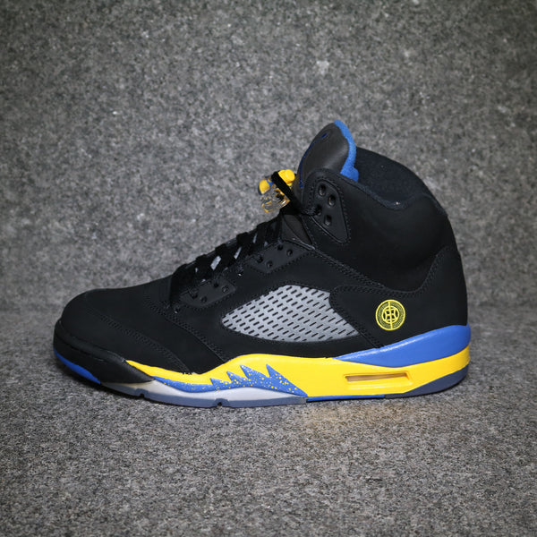 "Air Jordan V retro ""Shanghai"" Black Varsity Royal Maize"
