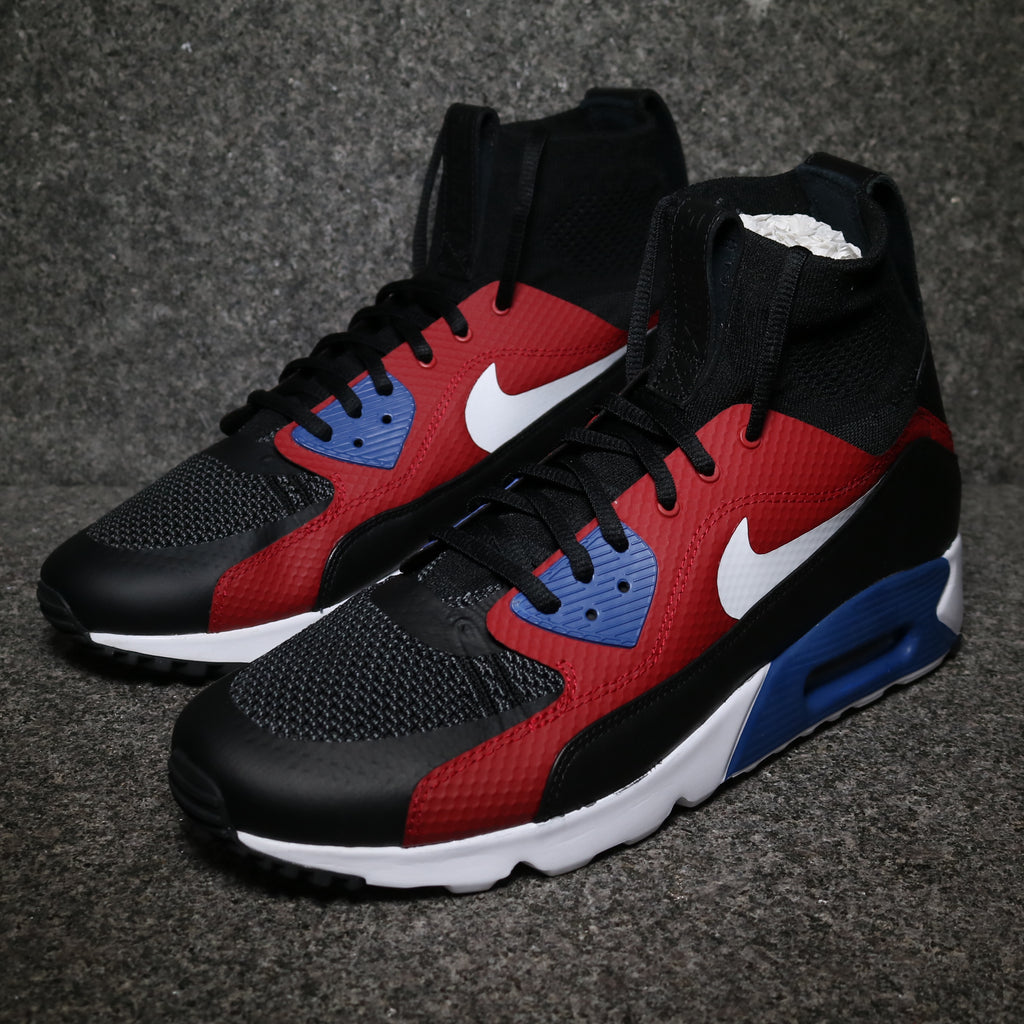 half off 20cbb 85d46 Off Centre View of the Nike HTM Air Max 90 Ultra Superfly at Solemate  Sneakers Sydney