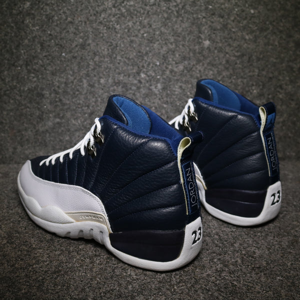 "Rear view of Air Jordan XII OG 97' ""Obsidian"" White French Blue"