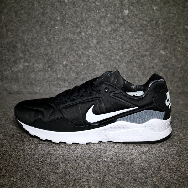 Air Zoom Pegasus 92 Black Grey White