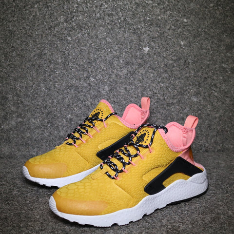 Women's Air Huarache Ultra SE Gold Dart Black