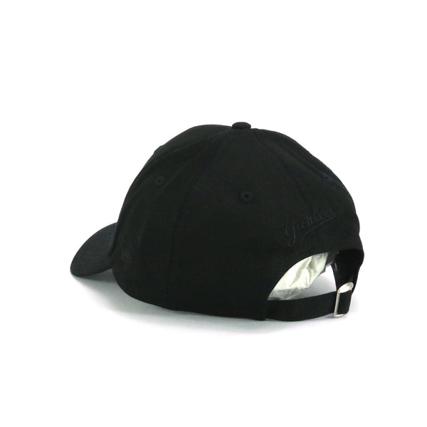 New Era 940 Pre-Curved New York Yankees Black on Black
