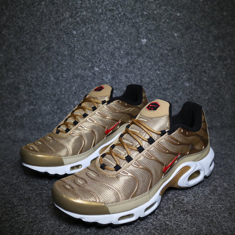 Women's Air Max Plus TN QS Metallic Gold University Red