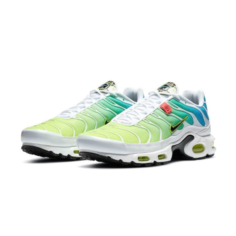 Air Max Plus World Wide White Blue Fury Black Volt