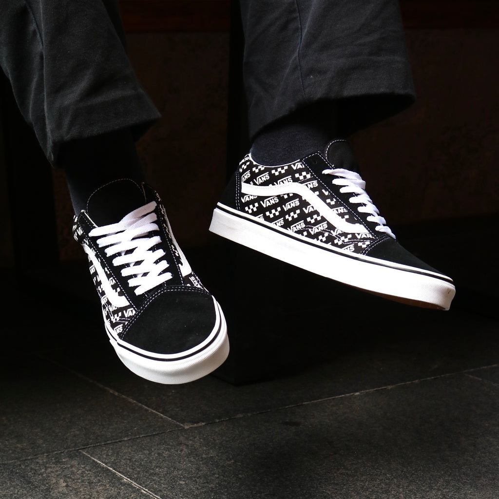 Old Skool Logo Repeat Black White by Vans