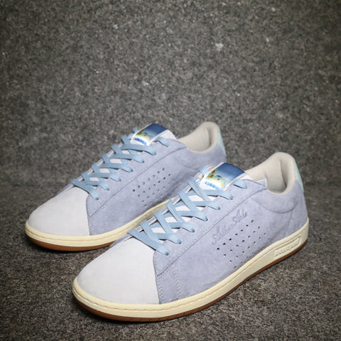 Le Coq Sportif Arthur Ashe 'Dusty Blue' Retro Affiches Dusty Blue