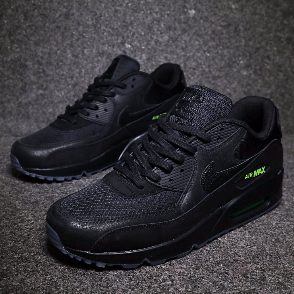 los angeles e46c4 fe91b Air Max 90 Black Black Volt