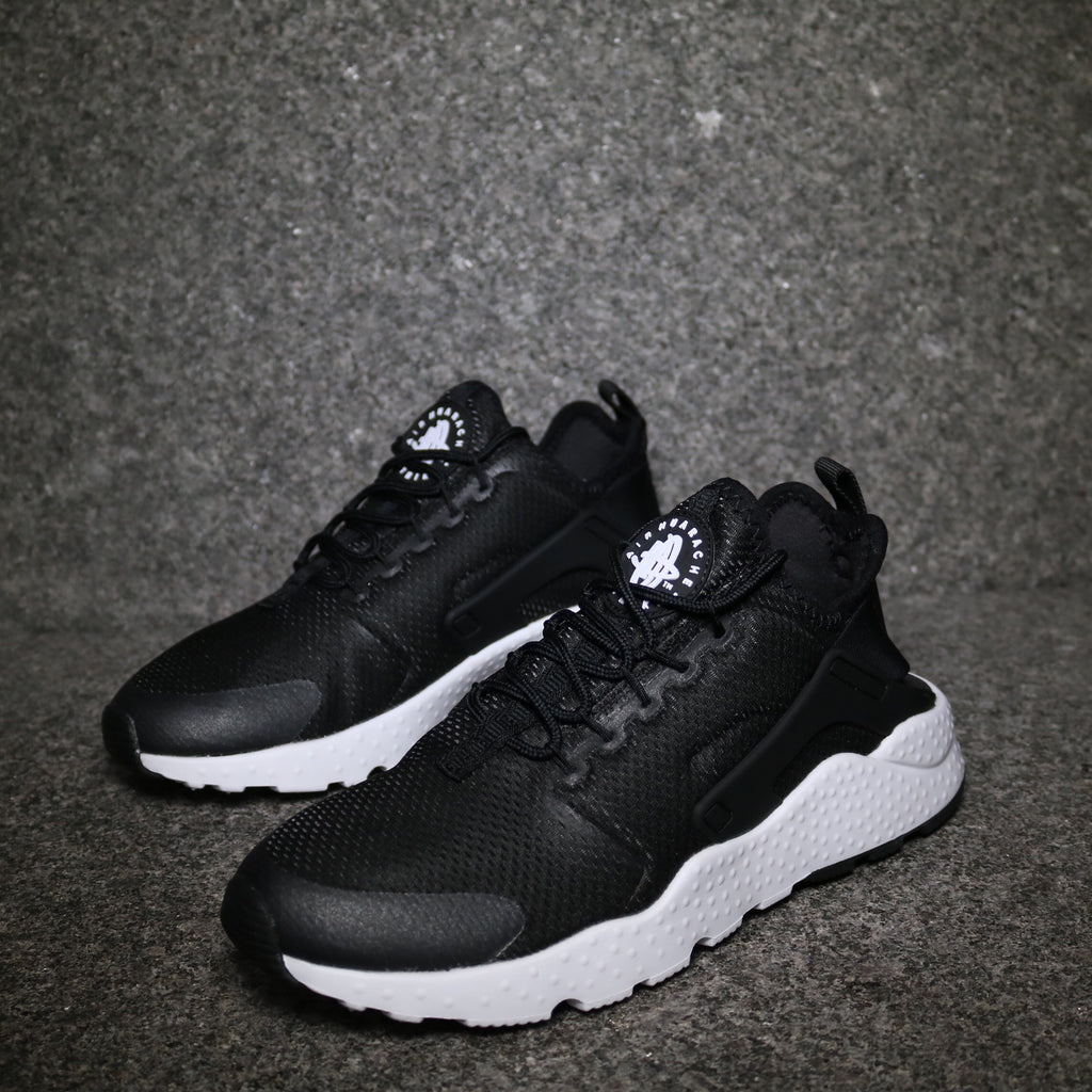 competitive price b5657 a4d34 Off Centre View of the Women s Nike Air Huarache Ultra Black White at  Solemate Sneakers Sydney